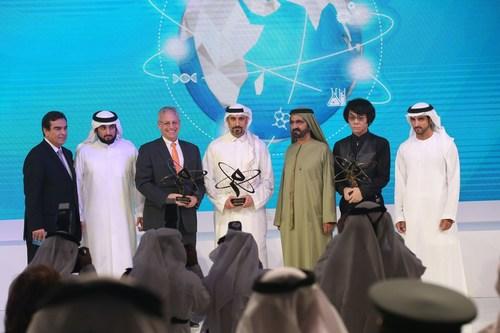 Dubai ruler with the winners. (PRNewsFoto/Mohammed Bin Rashid Al Maktoum) (PRNewsFoto/Mohammed Bin Rashid Al Maktoum)