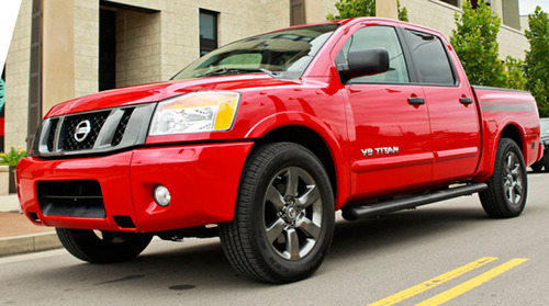 The 2013 Nissan Titan, Now in Lawrence, KS.  (PRNewsFoto/Briggs Nissan Lawrence)