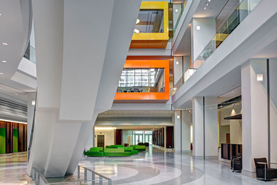 The atrium of the National Institutes of Health's John Edward Porter Neuroscience Research Center (Phase II), designed by Perkins Will, a super-green facility that opened in March to support scientific innovation and meet new U.S. energy standards. (PRNewsFoto/Perkins+Will, Alain Jaramillo) (PRNewsFoto/PERKINS+WILL)