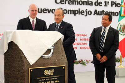 Nissan Americas Vice Chairman Bill Krueger, Felipe Calderon, president of Mexico, and Armando Avila, vice president of Manufacturing for Nissan Mexicana, celebrated by setting the first stone of Nissan's new manufacturing complex, today, in Aguascalientes, Mexico.  (PRNewsFoto/Nissan Americas)