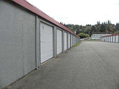 U-Haul Moving and Storage of Bremerton and Gorst Revs Up Business in Washington