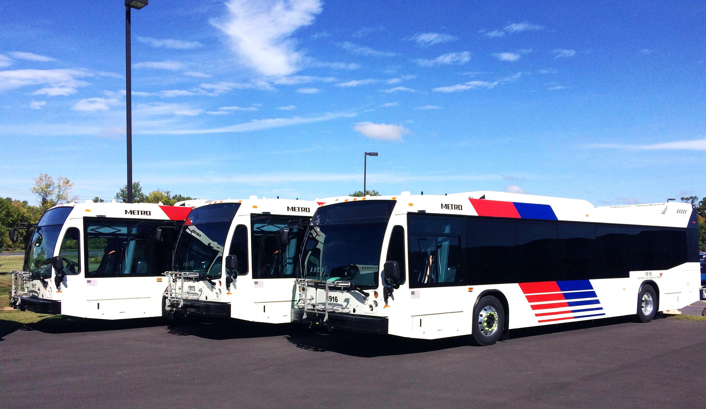 Nova Bus announces two major orders in Texas