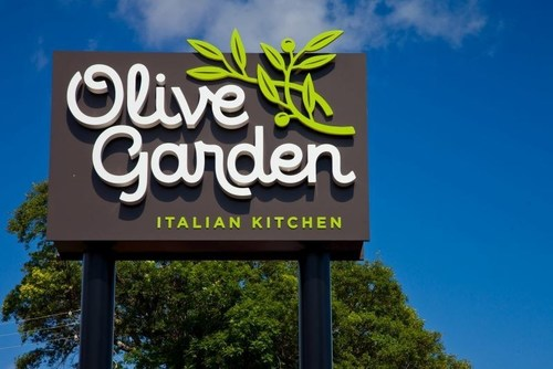 Olive Garden is introducing a new logo to signal broader foundational changes the restaurant is making to update its brand. (PRNewsFoto/Olive Garden)