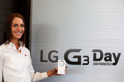 LG Electronics presents LG G3's QuickCircle(tm) Case at the global launch of LG G3 Tuesday, May 27, 2014, in San Francisco (PRNewsFoto/LG Electronics MobileComm USA)