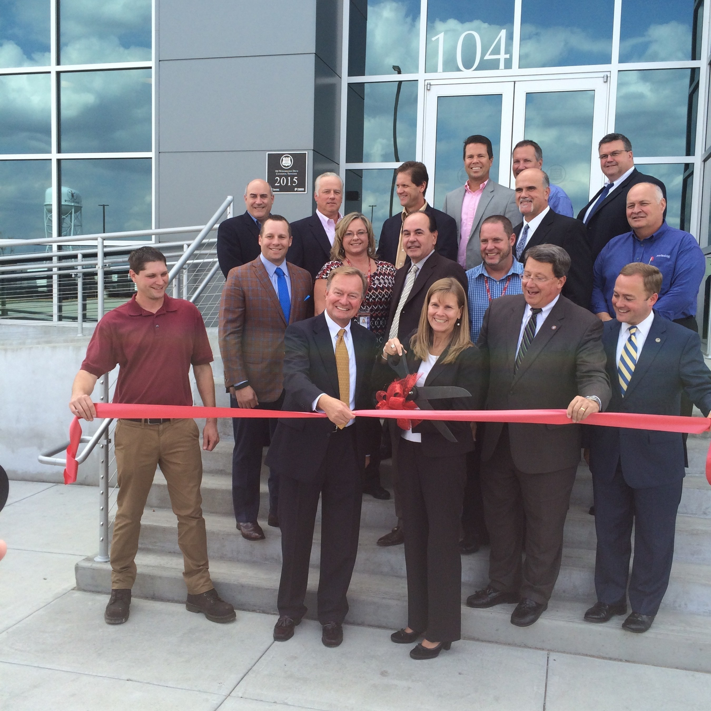 Unilever and United States Cold Storage Hold a Grand Opening for Their Newly Built Cold Storage Facility Featuring Swisslog Automation Technology
