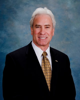 Steve Ellis has been promoted to Vice President of real estate auction marketing firm J. P. King Auction Company.