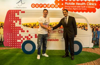 Leo Messi and Sheik Abdullah Al Thani, Chairman, Ooredoo group.