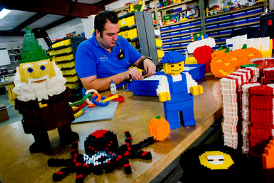WINTER HAVEN, Fla. (October 2012) -- LEGOLAND(R) Florida announced it is seeking qualified applicants for a new, in-house Master Model Builder to join its team.  Essential job responsibilities include envisioning, designing and building unique LEGO(R) creations. Visit www.LEGOLAND.com for more details.  (PRNewsFoto/LEGOLAND Florida)