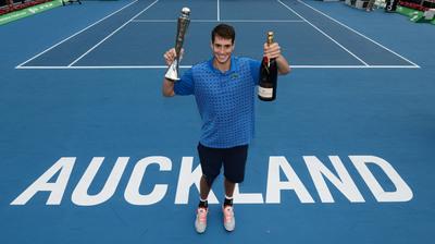 John Isner celebrates NZ win with Moet & Chandon. Photocredit: Photosport.  (PRNewsFoto/Moet & Chandon)