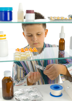 More than 50% of people aged 12 and older who abused prescription drugs in 2010 and 2011 got them from friends and family for free. Photo iStockphoto.com/redbaronsbrother.  (PRNewsFoto/National Association of Boards of Pharmacy, iStockphoto.com/redbaronsbrother)