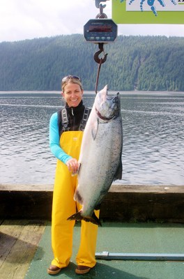 Jennifer Porter crowned winner with a 50.6-pound Chinook at Waterfall Resort