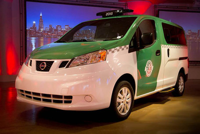 NISSAN UNVEILS CUSTOMIZED CHICAGO NV200 TAXI AT CHICAGO AUTO SHOW. (PRNewsFoto/Nissan North America) (PRNewsFoto/NISSAN NORTH AMERICA)