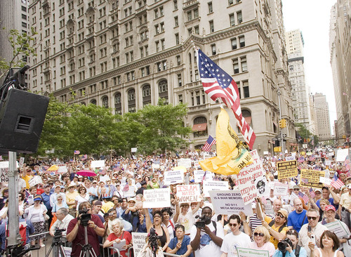 Thousands Attend SIOA Rally Against Islamic Supremacist Mosque at Ground Zero
