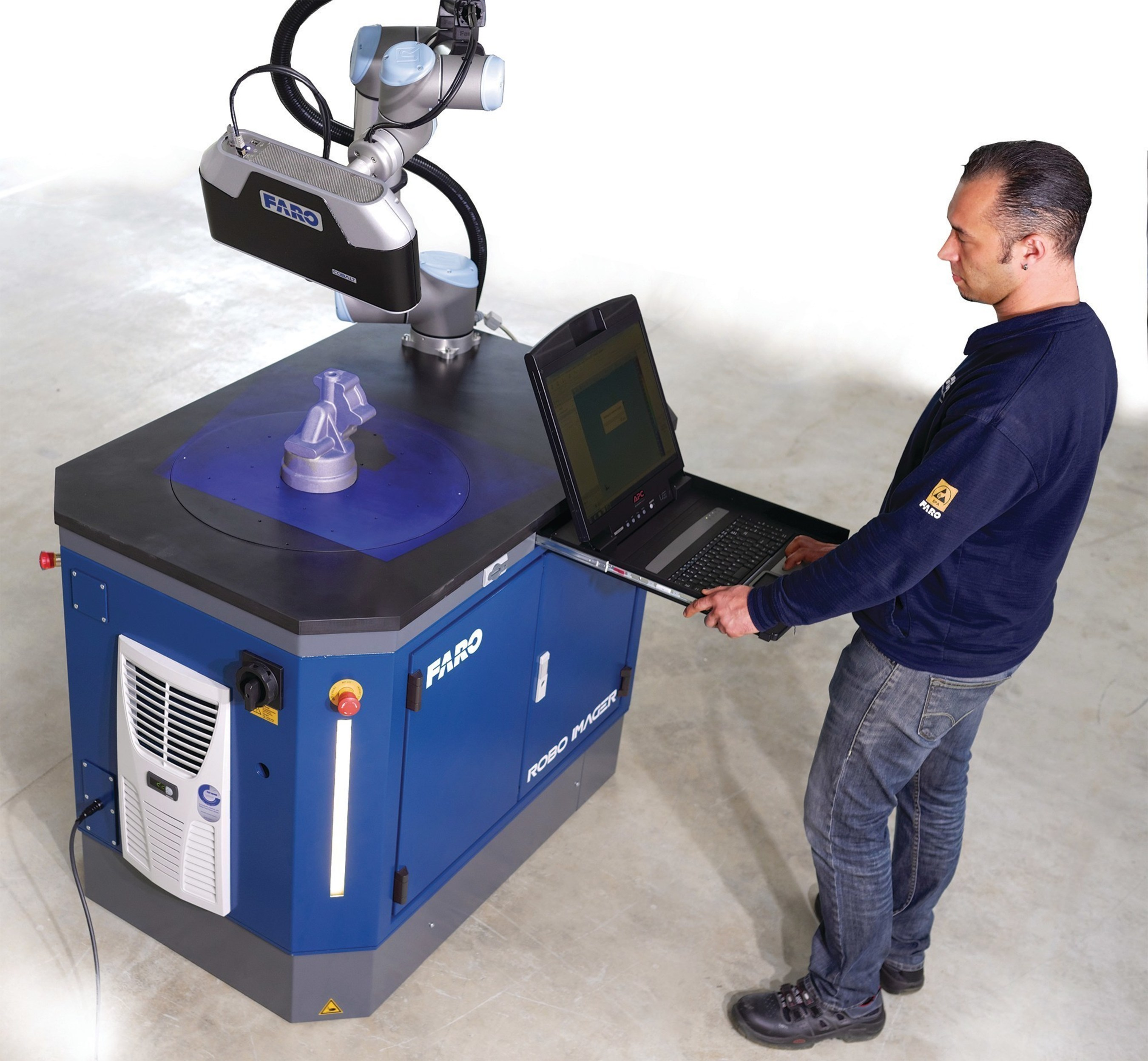 The FARO Factory Robo-Imager Mobile is a turnkey solution to automate the inspection and verification of parts at any location in the production environment.
