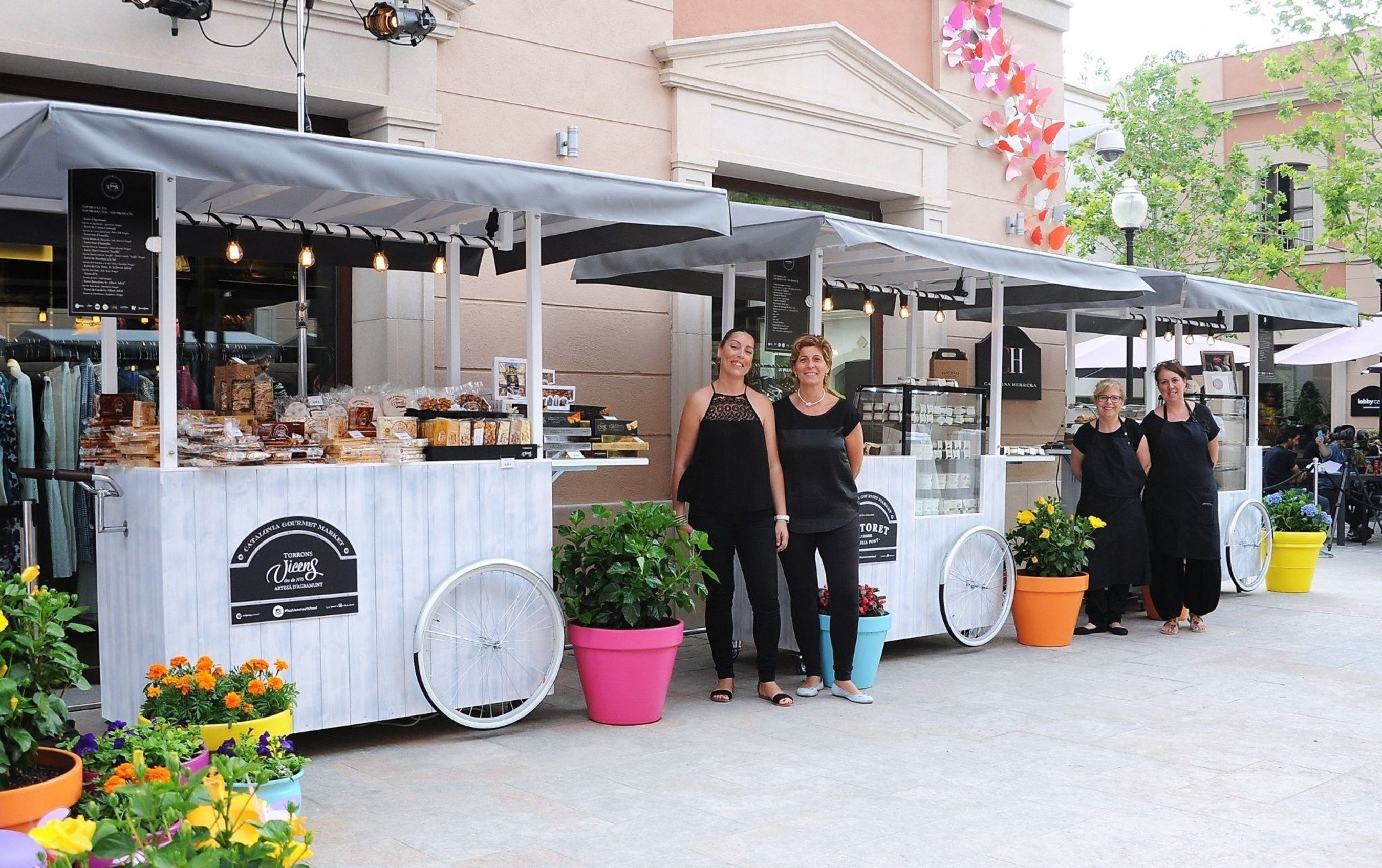 La Roca Village combina o melhor da moda e da culinária neste verão #678348 2000 1256
