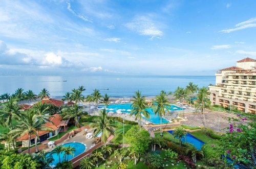 The CasaMagna Marriott Puerto Vallarta Resort & Spa has just been awarded its 23rd AAA Four Diamond Rating. The Puerto Vallarta resort offers deluxe amenities including an infinity oceanfront pool, whirlpool, kid's pool, Ohtli Spa, guest rooms with ...