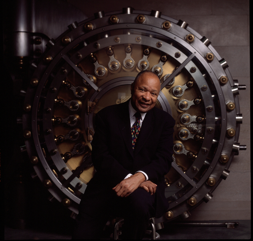 Native Detroiter Mr. Don Davis, Grammy Award-winning music pioneer and CEO and Chairman, First Independence Bank. (PRNewsFoto/The Wilmore Agency)
