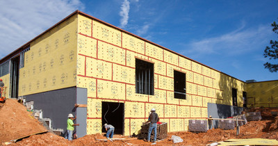 Georgia pacific launches denselement barrier system for for Exterior sheathing options