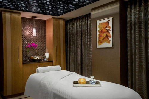 Guests of the JW Marriott Essex House New York won't even have to step outside the Manhattan luxury hotel's front doors to enjoy a pampered experience of beauty, spa or wellness treatments. PRIMP now offers a full list of spa services in the ...