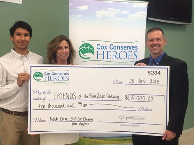 Left to Right: Fernando Gracia, director of Programs FRIENDS of Blue Ridge Parkway, Virginia's 2015 Cox Conserves Hero Heidi Ketler and Cox Communications Virginia's Vice President of Residential Sales Jeff Merritt