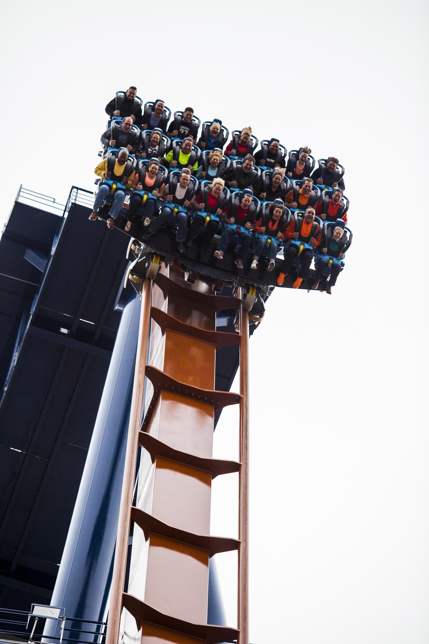 Cedar Point Debuts World-Record-Breaking Valravn Dive Coaster