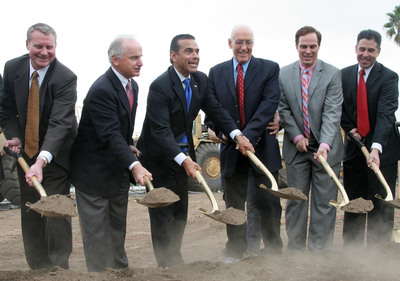 Pictured Left to Right: Aimco Executive Vice President for Redevelopment Dan Matula, Aimco Chief Administrative Officer Miles Cortez, Los Angeles Mayor Antonio Villaraigosa, LA City Councilmember Bill Rosendahl, LA Housing and Urban Development Office Supervisory Project Manager Erich Yost, and LA Housing Department Executive Officer Rushmore Cervantes break ground on the $140 million rehabilitation of Aimco's Lincoln Place Apartments in Venice, CA.  (PRNewsFoto/Aimco)
