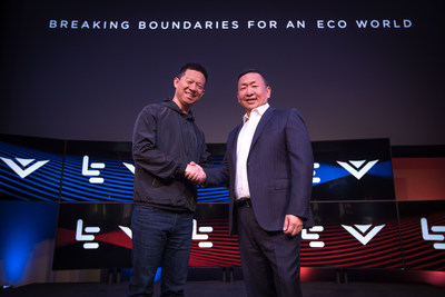 LeEco CEO YT Jia, VIZIO CEO William Wang at LeEco and VIZIO Press Conference in Hollywood where it was announced that LeEco had acquired VIZIO for $2 billion (Jeff Lewis/AP for LeEco)