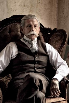 Leading Mexican actor Hector Bonilla as Porfirio Diaz. The original production 'Porfirio Diaz, 100 Anos sin Patria' will premiere on October 4 at 10PM E/P on Discovery en Espanol.