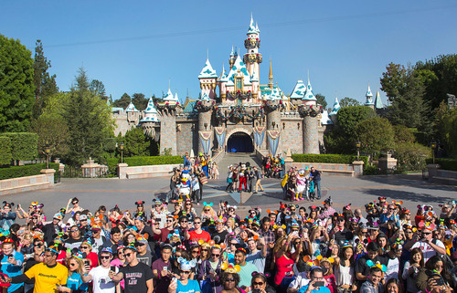 (November 5, 2013) More than 1,000 fans gathered for the ultimate 'selfie' photo at Disneyland park in ...