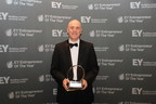 Photo courtesy of Ernst & Young. BorgWarner President and Chief Executive Officer James R. Verrier accepts an EY Entrepreneur Of The Year 2014 award recognizing his extraordinary entrepreneurial excellence and leadership. (PRNewsFoto/BorgWarner Inc.)