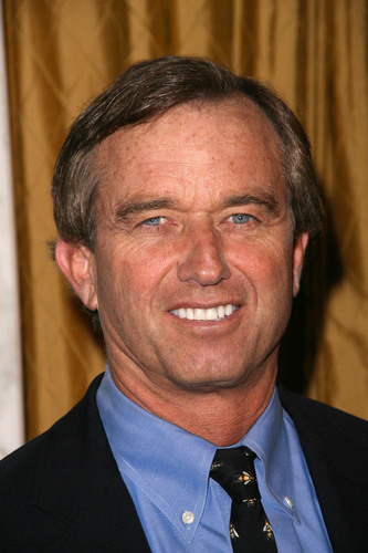 Robert F. Kennedy, Jr. Keynotes at AutismOne Conference, May 24, Chicago, IL.  (PRNewsFoto/AutismOne)