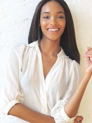 Maybelline New York Announces Jourdan Dunn as Newest Spokesmodel.  (PRNewsFoto/Maybelline New York)