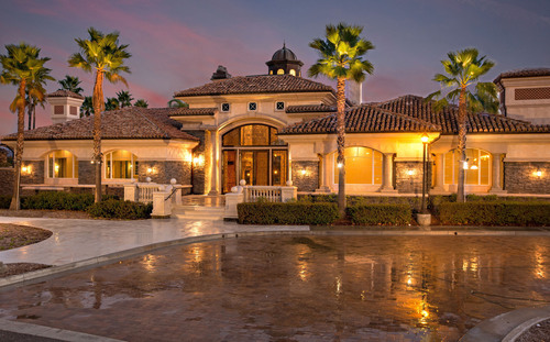 Standard Pacific Homes announces the grand opening of two brand new communities in Temecula, CA. Dubbed ...