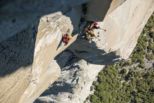 "Mammut Pro Team athlete Caro North (D), Whit Magro (US) and Tony Brown (US) climbed for the Mammut #project360 along the legendary route ""The Nose"" on El Capitan in California's Yosemite National Park. They carried two camera backpacks, each weighing 8 kilograms, and documented the route in 360°-photographs and -films. (Credit: Mammut/Jason Thompson) (PRNewsFoto/Mammut Sports Group AG) (PRNewsFoto/Mammut Sports Group AG)"