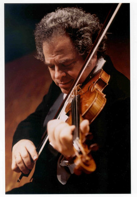 Violin virtuoso Itzhak Perlman will open the 8th Annual Festival of the Arts Boca on Thursday, March 6 at 7:30 p.m. at the Mizner Park Amphitheater.  (PRNewsFoto/Festival of the Arts Boca)