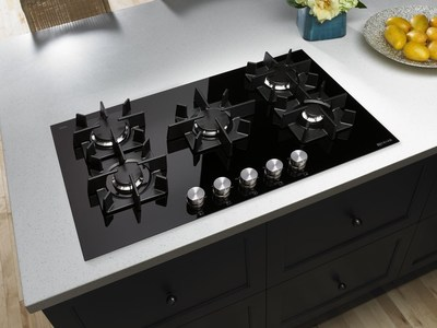 Jenn Air Introduces Glass 5 Burner Gas Cooktop
