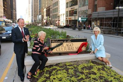 Alderman Brendan Reilly (42nd Ward) joins Chicago Cultural Mile Association board members Dawn Davis and Caryl Pucci Rettaliata at ribbon cutting ceremony at Michigan Ave. & Wacker Dr. (PRNewsFoto/Chicago Cultural Mile)
