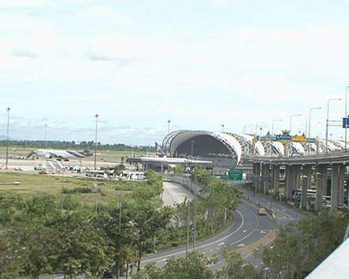 Bangkok's Suvarnabhumi Airport Open and Operating Normally, Don Mueang Airport Closed