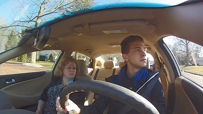 A new Be Smart. Be Well. online quiz tests teens' knowledge of driving distractions, one of the biggest risks to teen drivers. (PRNewsFoto/Be Smart. Be Well.)