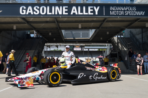 TOWNSEND BELL UNVEILS ROBERT GRAHAM-DESIGNED ELEMENTS OF 2014 INDIANAPOLIS 500 CAR AND FIRESUIT AT GASOLINE ALLEY (PRNewsFoto/Robert Graham)