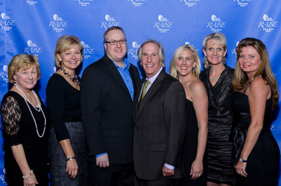 National Stroke Association's 2011 RAISE Awards Winners. From left: Pat Duthie (Most Creative), Mary Kay VanDriel (Most Creative), Tom Watson (Outstanding Individual), Henry Winkler (Media Spokesperson), Brandi Nester (Outstanding Group), Marie Johnstad (Most Impactful), Debra Walters (Outstanding Group). (Not pictured: Susan Lucci)