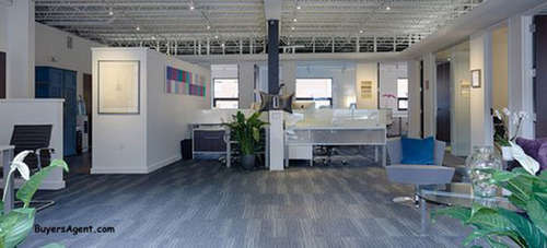 Buyer's Edge new office houses 13 realtors with room to grow. Its high-tech layout showcases both the technology and the people who make the buyer broker concept work for homebuyers. (PRNewsFoto/Buyer's Edge) (PRNewsFoto/BUYER'S EDGE)