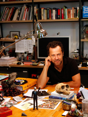 World renowned artist Vik Muniz is supporting the Students Rebuild Water Challenge by creating a poster made from thousands of paper beads submitted from hundreds of students around the world. The Students Rebuild Water Challenge is working to bring clean water and additional water facilities to Tanzania.  (PRNewsFoto/Students Rebuild, Lucas Blalock)