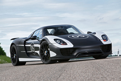 The Porsche 918 Spyder Prototype.  (PRNewsFoto/Porsche Cars North America, Inc.)