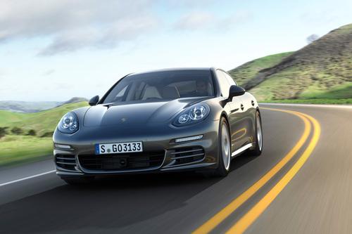 2014 Porsche Panamera Model Line Debuts in U.S. Market.  (PRNewsFoto/Porsche Cars North America)