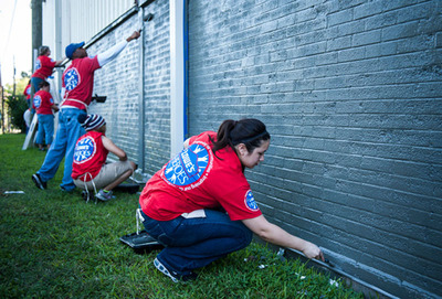 Lowe's Heros paint Boys & Girls Club