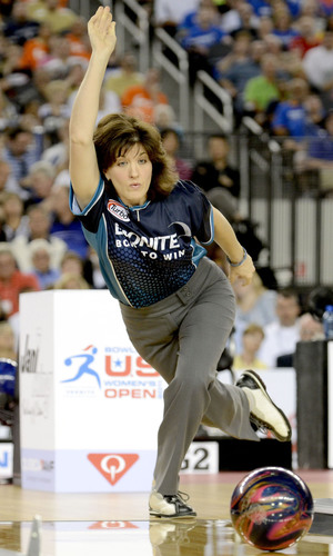 Bowling Goes Big Time in Big D: Pictured is Champion Leanne Hulsenberg(PRNewsFoto/International Bowling Campus,  ...