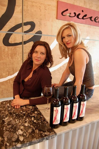 DaMa Wines winemakers and co owners Mary Tuuri Derby and Dawn Kammer Walla Walla Washington.  (PRNewsFoto/DaMa Wines)