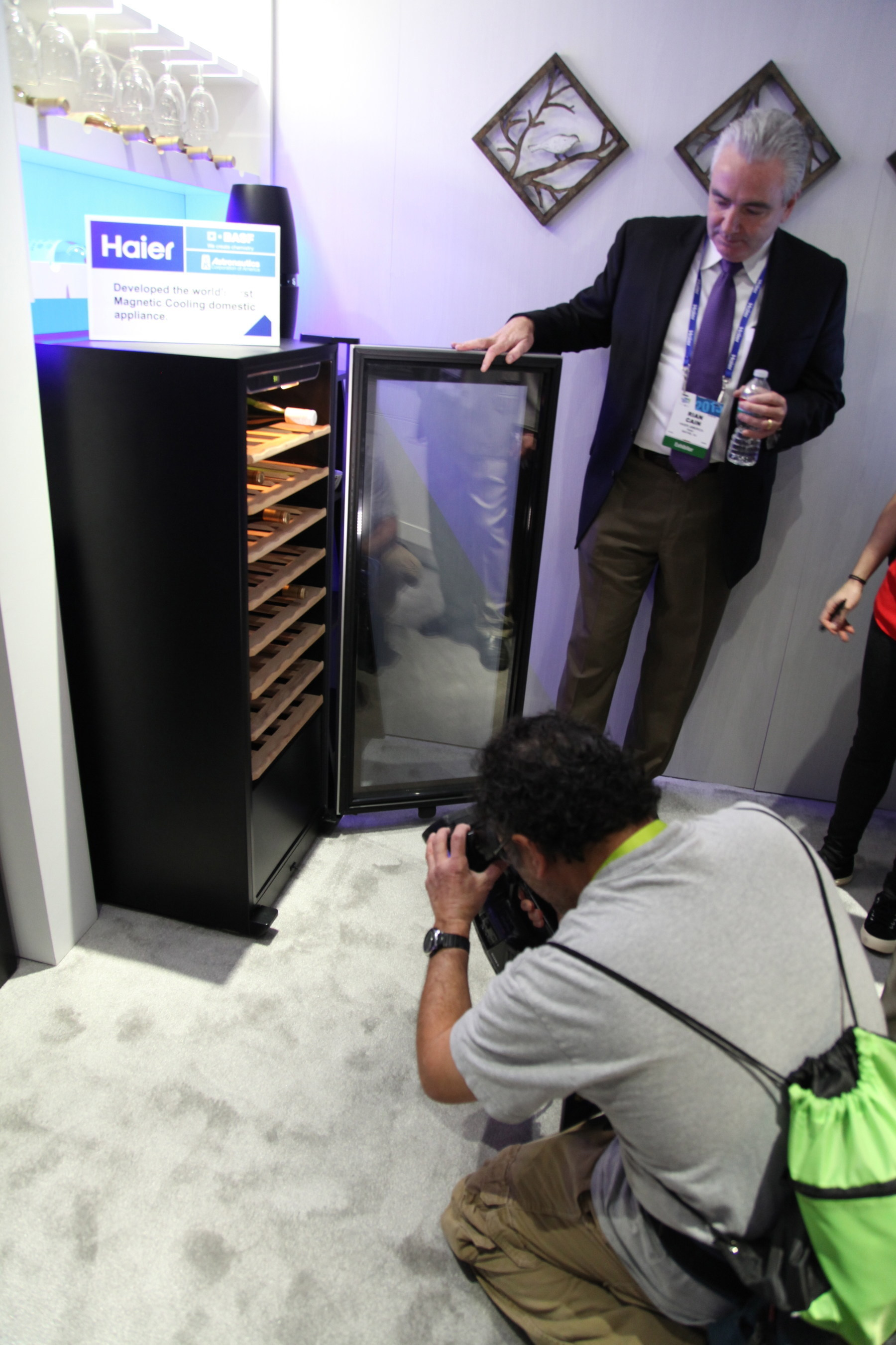 """Haier Presents the World's First """"No-Compressor Wine Cabinet"""" at 2015 CES"""