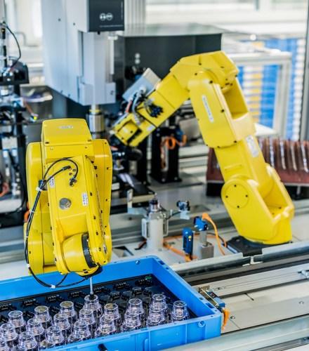 Robot for cap assembly (PRNewsFoto/Berlinger Special AG)